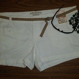 Arizona Shorts Size 15 17 19 White Micro Cord Belt